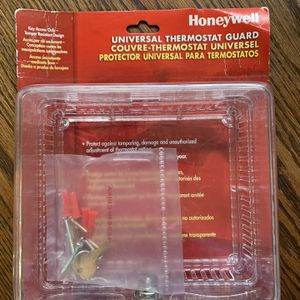 Honeywell Universal Thermostat guard for Sale in Columbia, SC