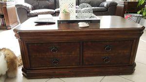Livingroom center table for Sale in US