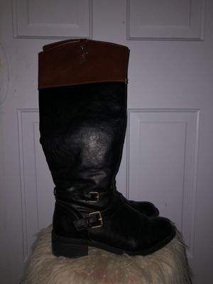 Iliana tall boots for Sale in Columbus, OH