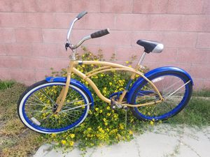 Excellent condition bike for Sale in Bellflower, CA