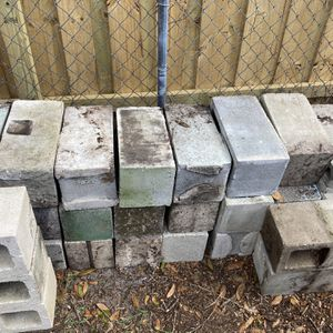 Free Concrete Block And Step Stones for Sale in Winter Park, FL