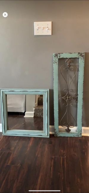 Mirror and wall decor for Sale in Nashville, TN