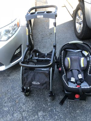 Car seat base and stroller system for Sale in Tunnel Hill, GA