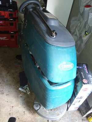 Tennant T3 Floor Scrubber for Sale in Vancouver, WA