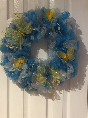 Easter spring butterfly wreath, blue and yellow for Sale in Pasadena, TX