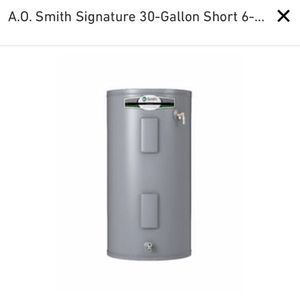 30 gallon electric water heater for Sale in Los Angeles, CA