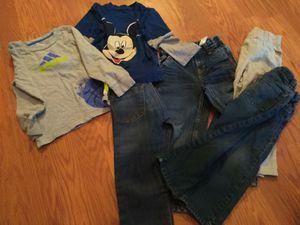 4 pants 2 shirts 12.00 for Sale in Chelan, WA