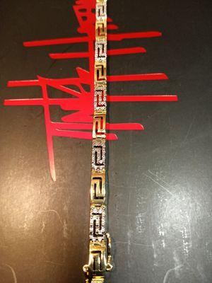 18k gold plated bracelet 7.5 inch for Sale in Houston, TX