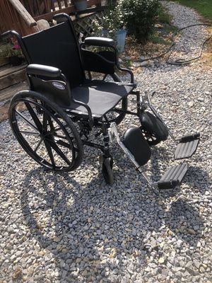 Invacare Wheelchair in great used condition for Sale in Franklin, TN