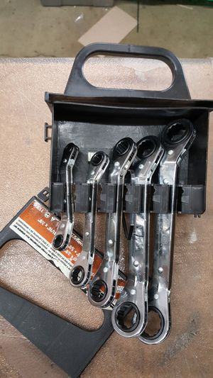 Lang Metric ratchet wrench set 5pc **New** please read for Sale in Paramount, CA