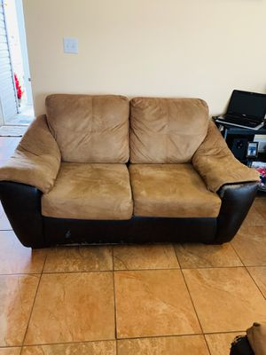 Sofa for Sale in Gulfport, MS