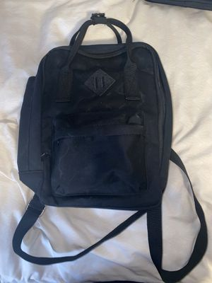 Black backpack for Sale in Colton, CA