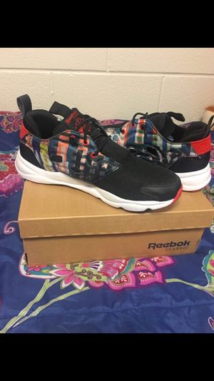 Reebok - brand new size 7 for Sale in Pittsburgh, PA