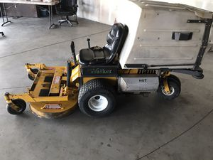 Walker Mower 2005 Ms20hp ghs zero turn tractor only) with optional 42 in mulch tilt up deck, for 1950.00. Only 720 hrs.nearly new Condition No deliv for Sale in Simi Valley, CA