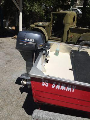 Mirrocraft 14 foot Aluminum fishing boat for Sale in Lake Arrowhead, CA