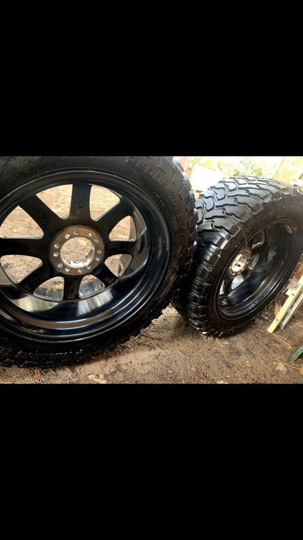 Tires For Sale Gloss Black 33x12 50R20LT