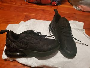 KIDS' NIKE AIR MAX 270 SHOES for Sale in Richmond, CA