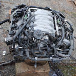 Volkswagen Touareg V8 4.2 engine for Sale in Portland,  OR