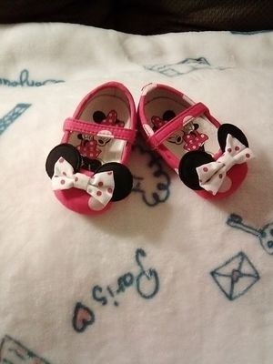 Minnie baby shoes for Sale in Ontario, CA