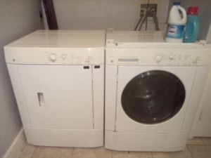 Washer dryer good condition for Sale in Converse, TX