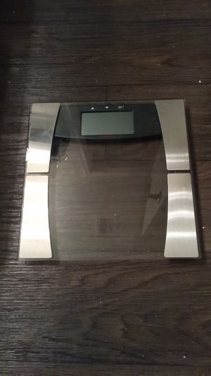 Glass/metal electronic scale for Sale in Gilbert, AZ
