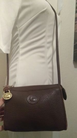 DOONEY BOURKE LEATHER CROSSBODY BAG SMALL SZ for Sale in Riverside, CA