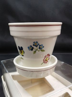 Villeroy & Boch Mini Flower Pot for Sale in Peoria, AZ
