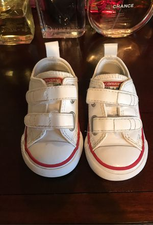 Converse toddler classic for Sale in San Diego, CA