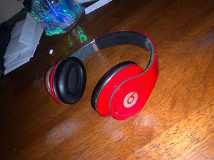 Wired Beats by dre (studio) for Sale in Stockton, CA