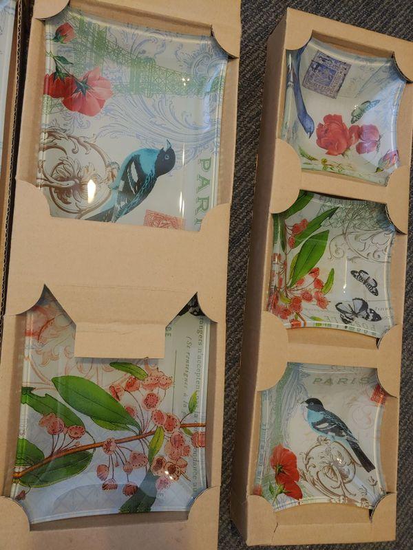 5 piece glass display plates