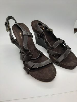 A2 by areosoles size 6 1/2 brown heels for Sale in Parma, OH
