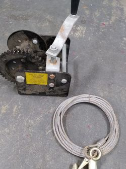 2000 Lb Winch Set for Sale in Ravensdale,  WA