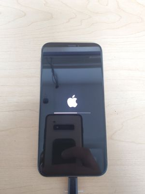 iPhone X 256gb UNLOCKED for Sale in Grosse Pointe Woods, MI