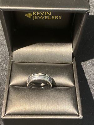 Never used Ring with diamonds must sell today make offer for Sale in Los Angeles, CA