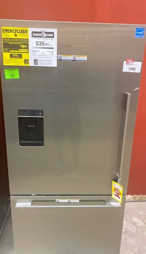 Fisher and paykel refrigerator ❄️❄️🥶🧊 XN2 for Sale in Chino, CA