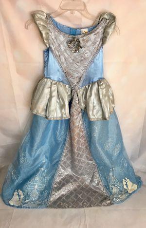 Disney Classics official CINDERELLA Girls Costume Size Medium 7-8 for Sale in Chicago, IL