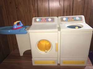 Vintage Little tykes Washer and Dryer set for Sale in De Graff, OH