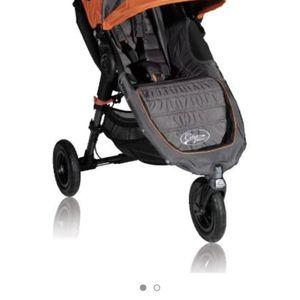 Jogger Stroller for Sale in Lilburn, GA