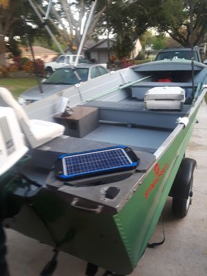 12 ft aluminum boat for sale for Sale in Kissimmee, FL