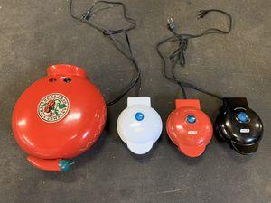 Dash mini maker griddle (set of 3) with quesadilla maker for Sale in Springdale, AR