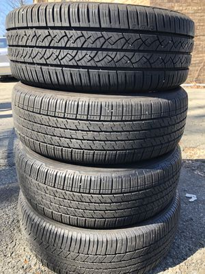 set 4 used tire 225/60R17 there Continental end one FALKEN 4 used tire $120 4 llantas usadas 3 Continental y una FALKEN por las 4 llantas $120 for Sale in Alexandria, VA