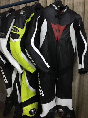 Motorbikes suits for Sale in Alexandria, VA