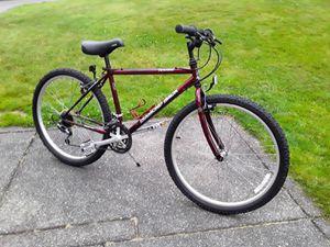 """Diamondback Traverse Mountain Bike. 17"""" Frame 26"""" Tires for Sale in Milton, WA"""