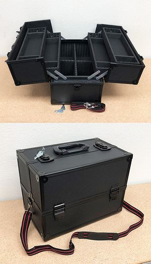 """New $35 Aluminum Makeup Case Cosmetic Travel Shoulder Storage Box w/ Lock (14x8.5x10"""") for Sale in Whittier, CA"""