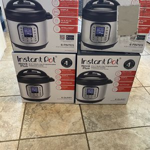 Instant Pot Nova Plus for Sale in Moreno Valley, CA