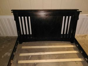 "REALLY NICE ""FULL"" SIZE BED FRAME!! COMPLETE $40 for Sale in Fresno, CA"