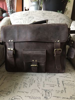 ZLYC Messenger Bag for Sale in Annville, PA