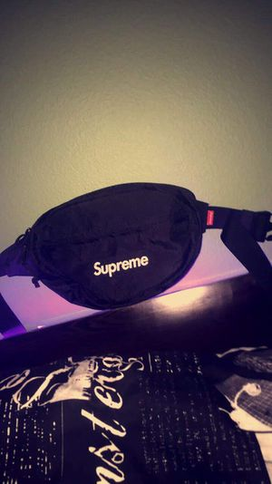 Supreme Fanny Pack for Sale in Tacoma, WA