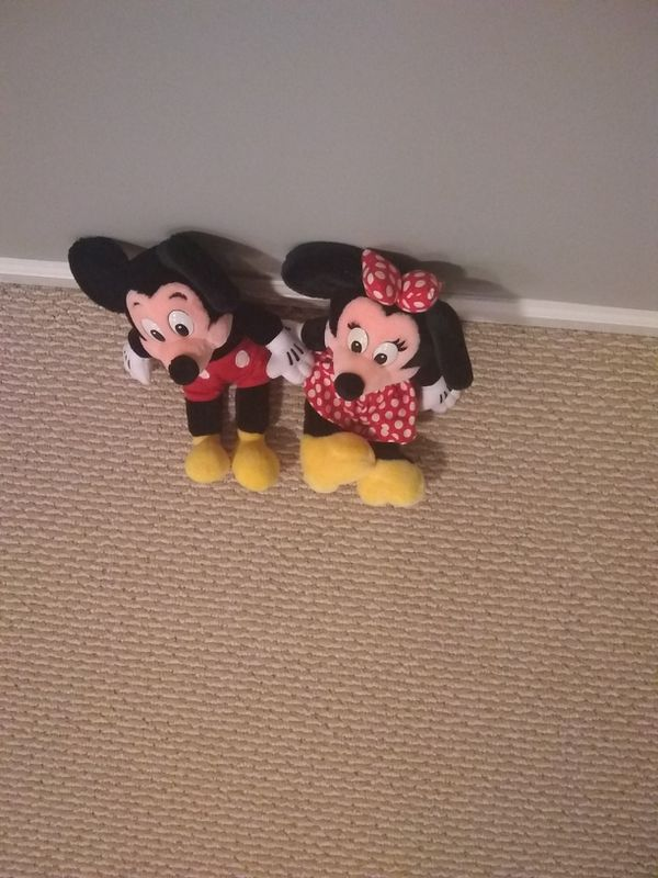 Mickey and Minnie mouse by Disney