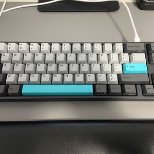 Ducky Varmilo Miya Pro 68-key Mechanical Keyboard Moonlight Cherry MX Silent Red Switches for Sale in San Bruno, CA